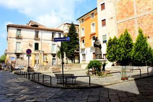 capua piazza S.Roberto Bellarmino 3