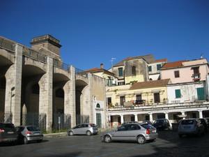 Capua piazza commestibili