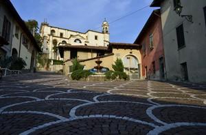 piazza Bonanomi