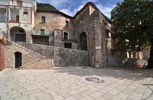 Piazza Comm. Vito Morra