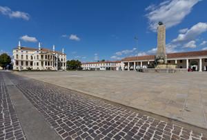 La grande piazza di Noventa