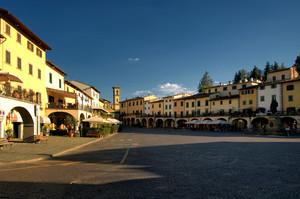 piazza Matteotti o piazza triangolare