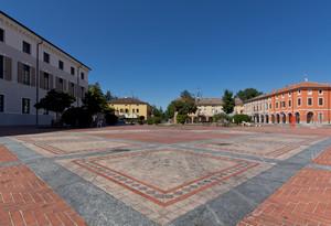 Piazza Italia – Lato Nord