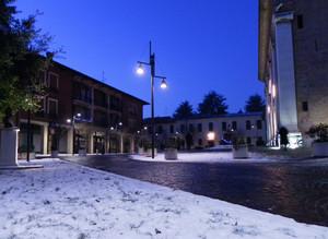 Piazza della Chiesa con la neve