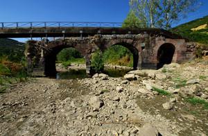 Un po di acqua è rimasta sotto al ponte