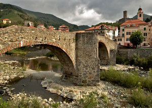 Ponte medievale di Campo