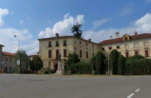 Piazza A. Ferrarin