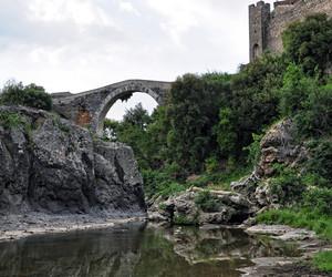 l'acqua sotto il ponte di Canino