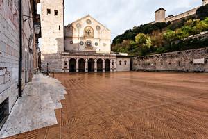 Spoleto – La Piazza del Duomo -