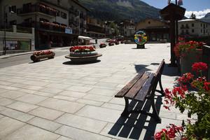 Panchina in piazza