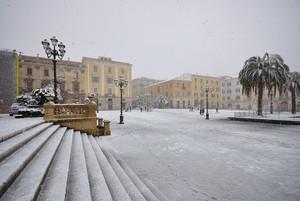 Piazza d'Italia innevata