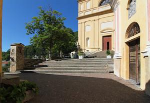 Edicola, chiesa e oratorio