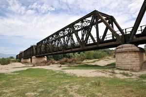 Ponte sul fiume Crati nella frazione Thurio