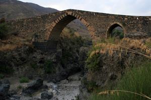 Il Ponte Saraceno (o dei Saraceni)
