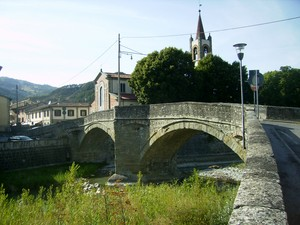 Si entra in San Piero in Bagno