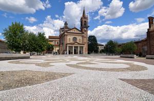 Piazza Toti