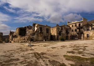Piazza Elimo, antica Poggioreale