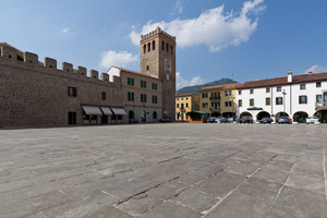 Piazza Mazzini e la sua Torre