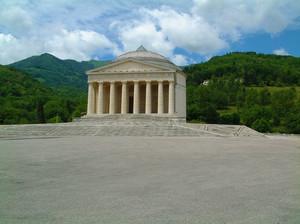 Piazza del Tempio
