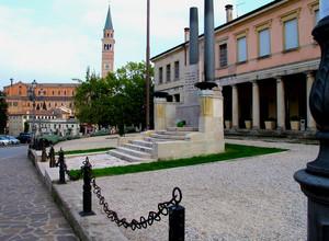 Piazza Balbi-Valier