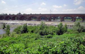Ponte ferroviario sul fiume Trebbia