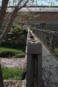 Terni: ponte pedonale sul torrente Serra.