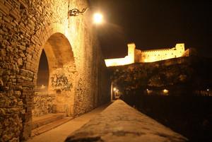 Spoleto (PG): sul ponte delle Torri di notte