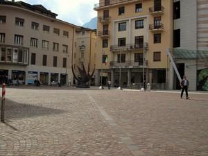 Piazza Cesare Battista