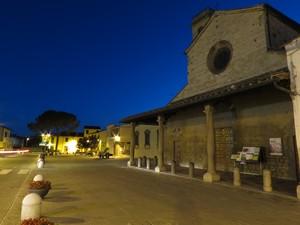 Piazza della Chiesa (Pieve di San Martino)