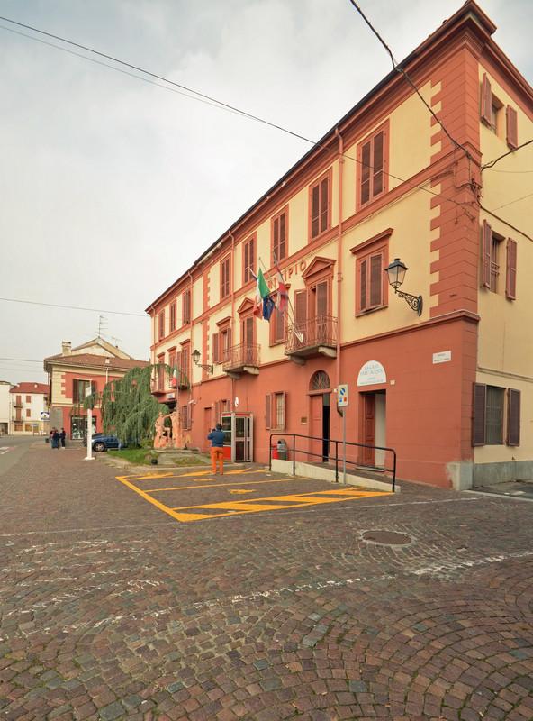 ''Ma scusi, anche lei fotografa per Comuni Italiani?'' - Borgo Vercelli