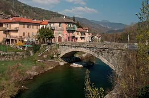 il ponte di vessalico