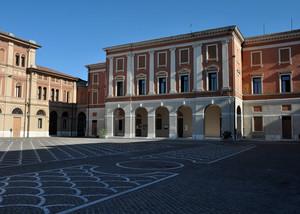 Piazza Costituzione