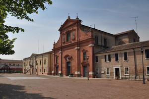 Piazza della Repubblica 2