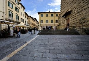 relax in Piazza San Francesco