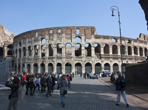 La Maestosità del Colosseo