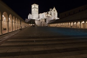 Una piazza in pace – Assisi Inferiore
