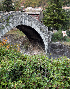 L'antico ponte di Pieve di Teco