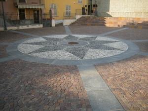 la piazzetta dell'abbazia di Pulcherada
