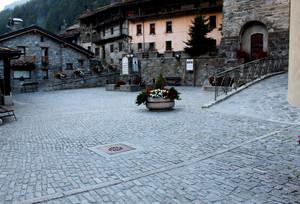 Soli in piazza S Grato