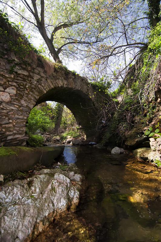 ''Il ponte nascosto di Castelvecchio'' - Castelvecchio di Rocca Barbena