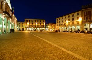 Trecate – Piazza del Municipio (8)