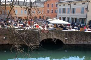 Mercatino in Piazza Matteotti