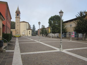 giallo in piazza