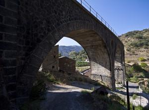 Ponte ferroviario – Motta Camastra