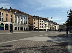 La bella piazza