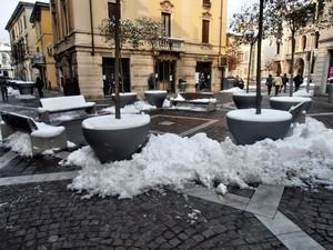 Piazza F. Guenzati.