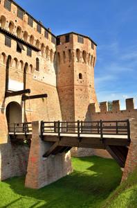 Un ponte per la Rocca