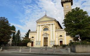 La piazza e la sua chiesa