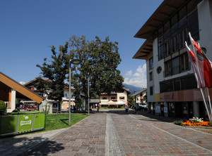 vado alla pro-loco in Piazza Floriani – per l'escursione