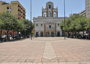 linea diritta in Piazza della Vittoria